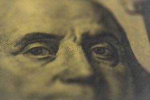 Money Dollar Bill Currency Finance  - Shoot-It-Different / Pixabay