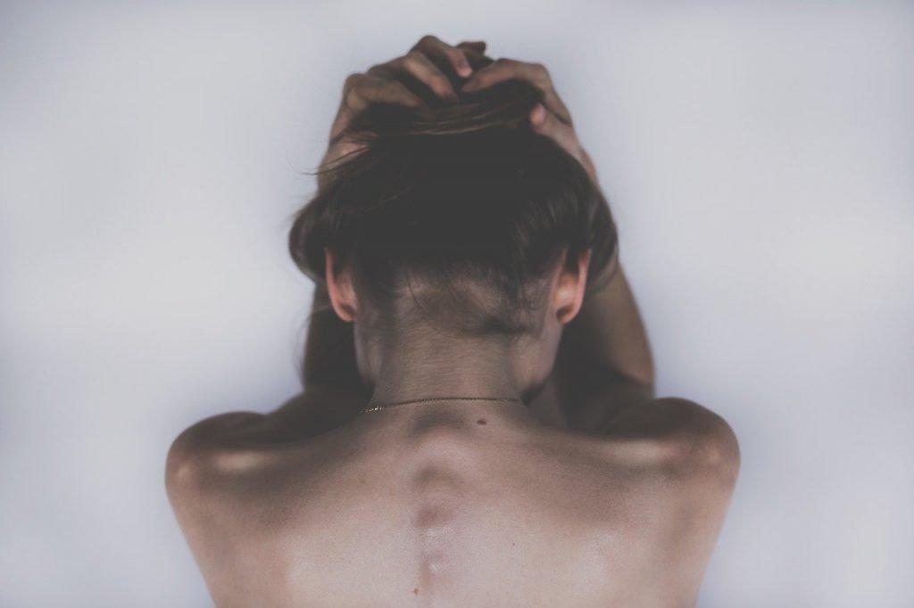 Woman Sad Depression Headache  - StockSnap / Pixabay