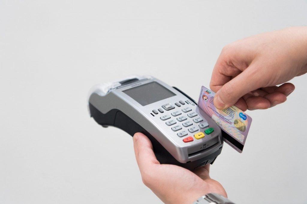 Credit Card Machine  - AhmadArdity / Pixabay