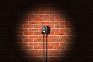 Microphone Vintage Brick Wall Retro  - Tumisu / Pixabay